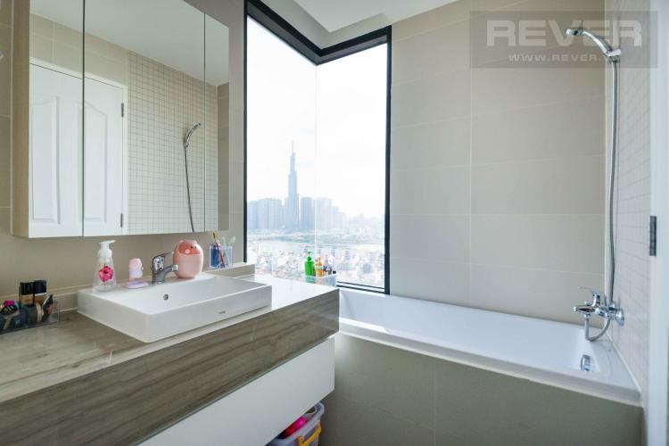 Toilet Cho thuê căn hộ The Ascent tầng cao 2PN, nội thất đầy đủ, view Landmark 81
