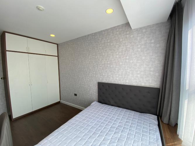 Phòng ngủ Saigon Royal, Quận 4 Căn hộ Saigon Royal tầng cao view Bitexco, nội thất đầy đủ.
