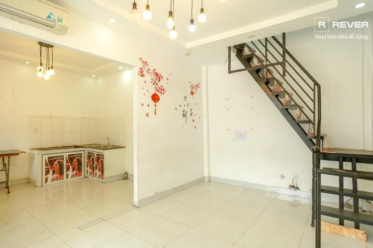Bán nhà 2 tầng đường D5, phường 25, Bình Thạnh, sổ hồng, gần THPT Gia Định