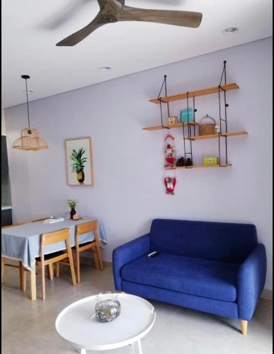 Phòng khách Sunrise Cityview, Quận 7 Căn hộ tầng cao Sunrise Cityview 2 phòng ngủ, đầy đủ nội thất.