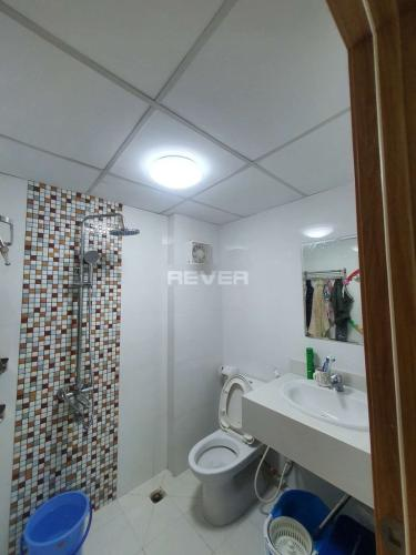 Phòng tắm căn hộ Tecco Central Home, Bình Thạnh Căn hộ Tecco Central Home đầy đủ nội thất, view thành phố cực đẹp.