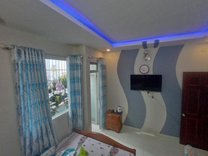 Phòng ngủ nhà phố Lưu Hữu Phước, Quận 8 Nhà phố hẻm hướng Đông Nam, diện tích 57.1m2, sổ hồng riêng.