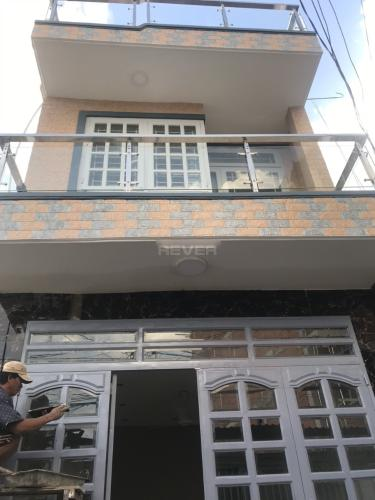 Bán nhà phố nội thất cơ bản, hướng Đông hẻm đường Nguyễn Trung Nguyệt