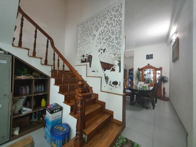 Bán nhà phố diện tích đất 72m2, phù hợp kinh doanh phường Tân Quy quận 7