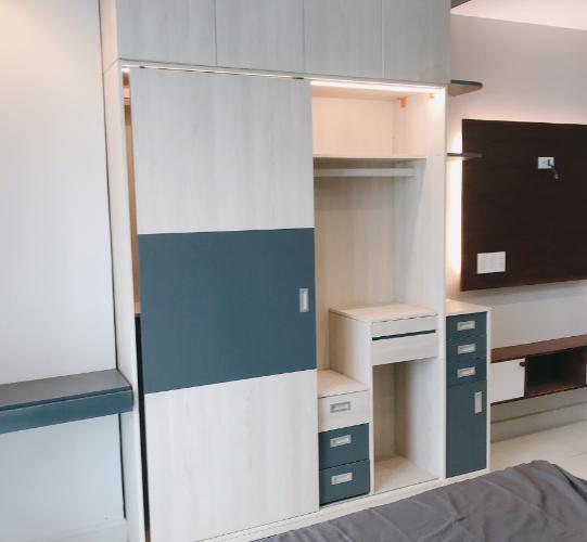 Phòng bếp office-tel Sky Center, Tân Bình Office-tel chung cư Sky Center view nội khu hồ bơi, hướng Tây Nam.