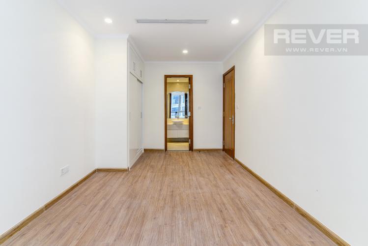 Phòng Ngủ 1 Officetel Vinhomes Central Park 2 phòng ngủ tầng cao L5 hướng Tây Nam
