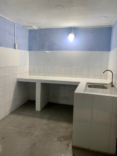 Phòng bếp căn hộ chung cư Tân Quy Căn hộ chung cư Tân Quy bàn giao nội thất cơ bản, hướng Đông.