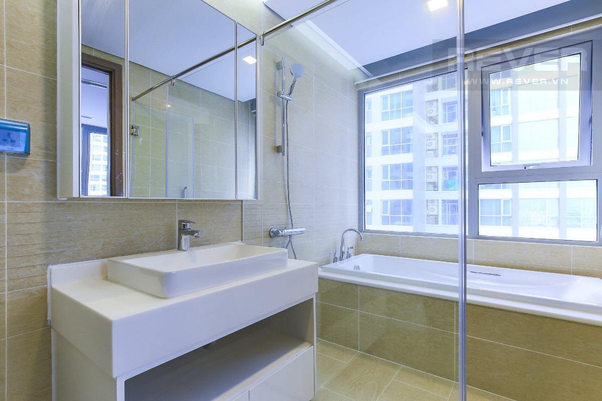 8c5d57fca2a144ff1db0 Cho thuê căn hộ Vinhomes Central Park 2 phòng ngủ, tháp Park 4, đầy đủ nội thất, hướng Tây