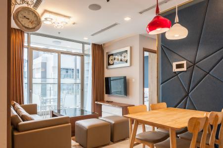 Căn hộ Vinhomes Central Park tầng cao 2 phòng ngủ Park 6 thiết kế đẹp, sang trọng
