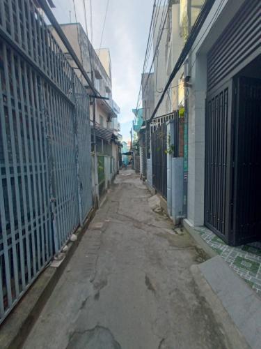 Hẻm nhà phố Lưu Hữu Phước, Quận 8 Nhà phố hẻm hướng Đông Nam, diện tích 57.1m2, sổ hồng riêng.