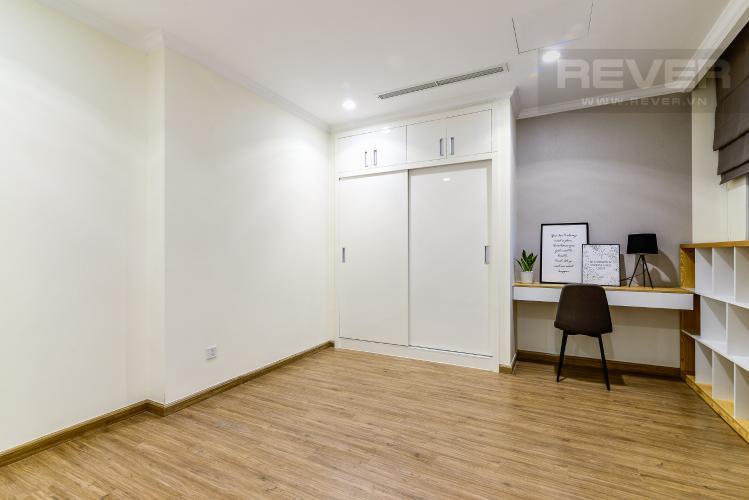 Phòng Làm Việc Căn hộ Vinhomes Central Park tầng cao, tháp Landmark 3, 3 phòng ngủ, full nội thất