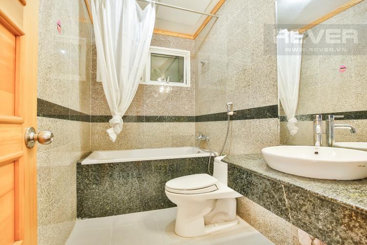 Toilet 2 Căn hộ Phú Hoàng Anh 3 phòng ngủ tầng cao block B