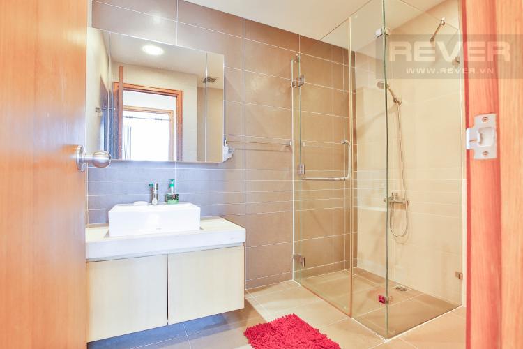 Toilet 2 Căn hộ Sunrise City 2 phòng ngủ tầng cao V3 đầy đủ tiện nghi