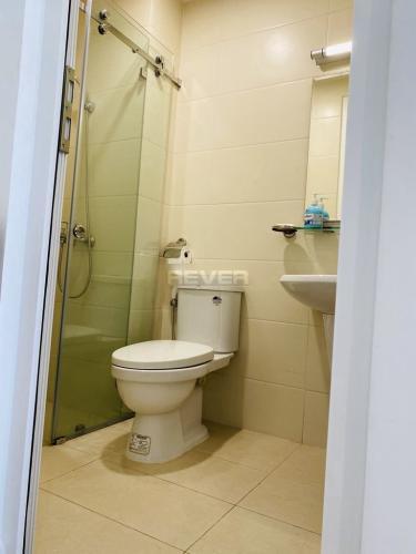 Phòng tắm Moonlight Boulevard, Bình Tân Căn hộ Moonlight Boulevard tầng cao, hướng Nam view thành phố.