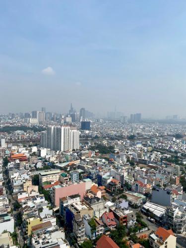 View căn hộ Hoàng Anh Thanh Bình Căn hộ Hoàng Anh Thanh Bình tầng cao, view ngắm trọn thành phố.