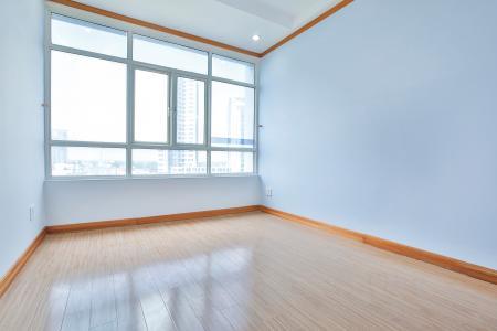 Căn hộ Phú Hoàng Anh 3 phòng ngủ, tầng thấp B2, nội thất cơ bản