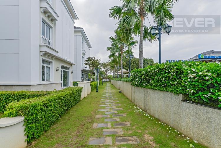 Đường nội bộ sau nhà Bán biệt thự Venica 437.5m2 4PN 4WC, nội thất hạng sang, view nội khu