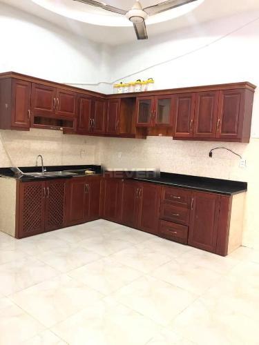 Phòng bếp nhà phố Tân Phú Nhà phố mặt tiền diện tích đất 46.2m2, vị trí thuận tiện kinh doanh.