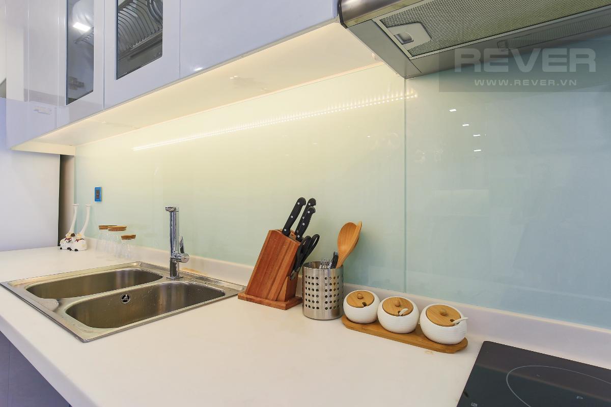 26018fa17afc9ca2c5ed Cho thuê căn hộ Vinhomes Central Park 2 phòng ngủ, tháp Park 4, đầy đủ nội thất, hướng Tây