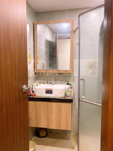 Phòng tắm căn hộ Richstar, Tân Phú Căn hộ RichStar ban công hướng Đông Nam, view đón gió thoáng mát.