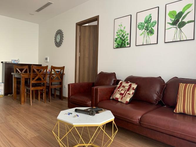 Căn hộ Eco Green Sài Gòn tầng trung, đầy đủ nội thất, view thành phố.