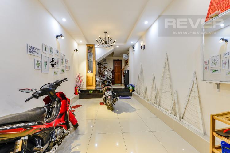 Phòng khách Nhà phố 8 phòng ngủ đường Nguyễn Trãi Quận 1