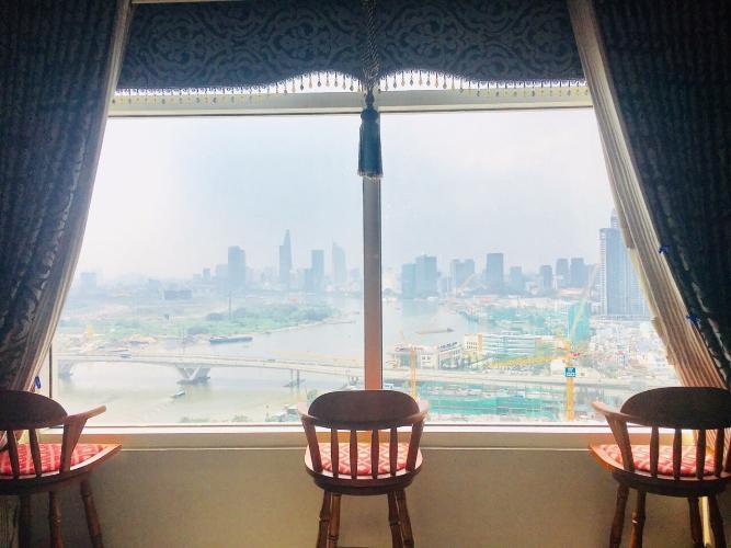 View từ  căn hộ Saigon Pearl Căn hộ Saigon Pearl đầy đủ nội thất phong cách hoàng gia, cổ điển.