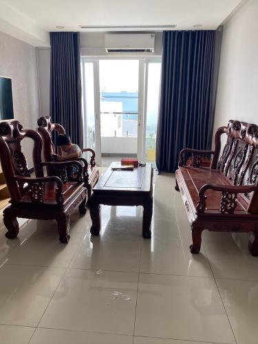 Cho thuê căn hộ đầy đủ nội thất chung cư đường Nguyễn Gia Trí Bình Thạnh