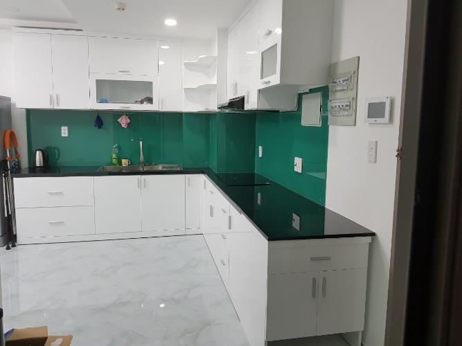 Bếp Saigon South Residence Căn hộ Saigon South Residence tầng cao, ban công hướng Tây đón gió.
