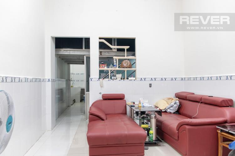 Phòng Khách Bán nhà hẻm đường Hoàng Diệu, Quận 4, 3PN, diện tích đất 40m2, cách phố ẩm thực Vĩnh Khánh 100m.