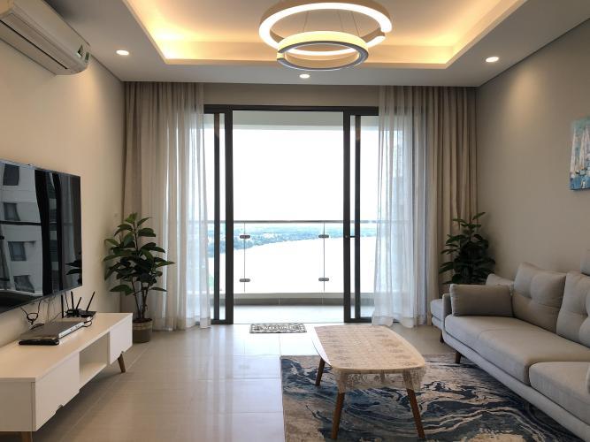 Phòng khách Diamond Island Quận 2  Căn hộ Đảo Kim Cương tầng cao, view sông và thành phố sầm uất.
