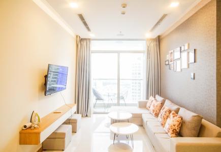 Cho thuê căn hộ Vinhomes Central Park 2PN, tầng cao, tháp Park 6, đầy đủ nội thất, view thành phố