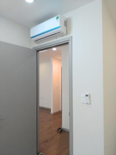 Nhìn từ phòng ngủ căn hộ THE GOLD VIEW Bán hoặc cho thuê căn hộ officetel The Gold View 1PN, diện tích 63m2, nội thất cơ bản, view nội khu
