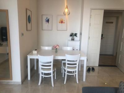 Bán căn hộ 2 phòng ngủ Vinhomes Golden River tầng cao view đẹp, diện tích 73m2