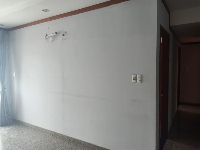 Nội thất Hoàng Anh Thanh Bình Căn hộ Hoàng Anh Thanh Bình tầng cao, nội thất cơ bản.