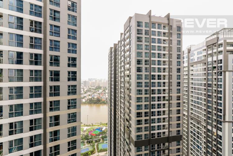 View Căn hộ Vinhomes Central Park tầng cao, 2PN, đầy đủ nội thất, view hồ bơi