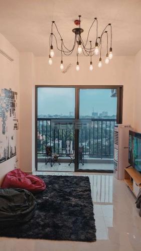 Căn hộ tầng 16 Saigon Avenue nội thất đầy đủ, view nội khu hồ bơi.