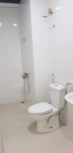 Phòng wc căn hộ Topaz Elite quận 8 Căn hộ tầng cao Topaz Elite ban công hướng Đông Nam, bàn giao không nội thất