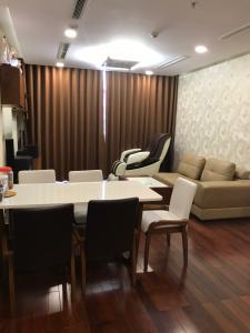 Cho thuê căn hộ Vinhomes Central Park 3PN, tháp Park 5, đầy đủ nội thất, hướng ban công Tây Nam