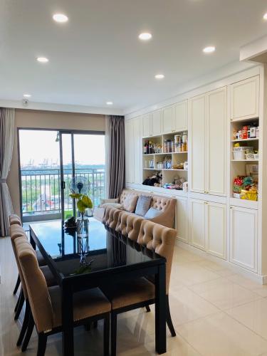 Căn hộ tầng 10 The Sun Avenue đầy đủ nội thất