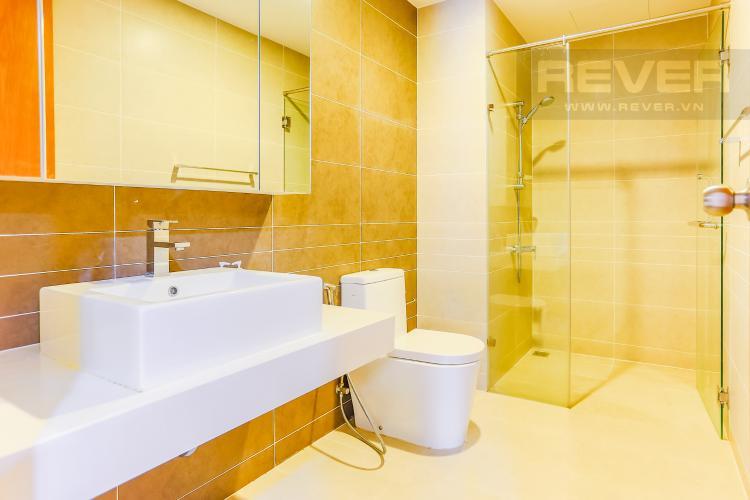Phòng Tắm 2 Căn hộ Sunrise City tầng thấp W3 thiết kế 2 phòng ngủ thông thoáng