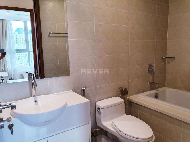 Phòng tắm căn hộ Vinhomes Central Park, Bình Thạnh Căn hộ Vinhomes Central Park hướng Tây Nam, view nội khu yên tĩnh.