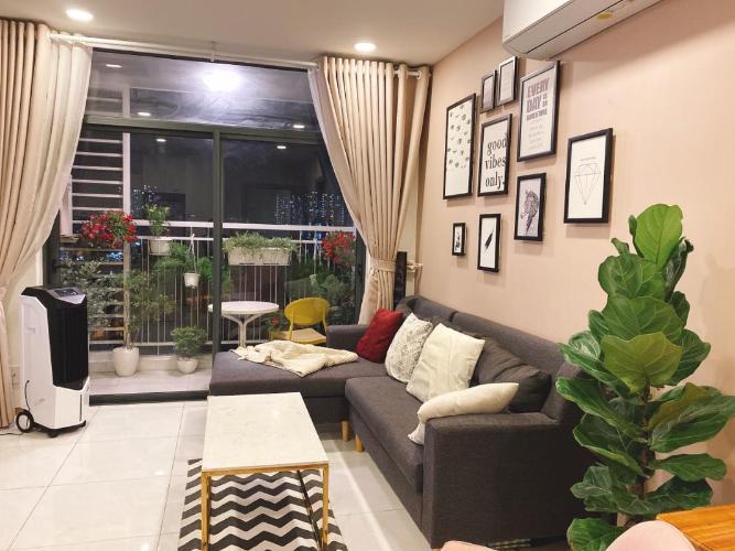 Căn hộ Riva Park tầng 8 cửa chính hướng Tây Nam, đầy đủ nội thất.