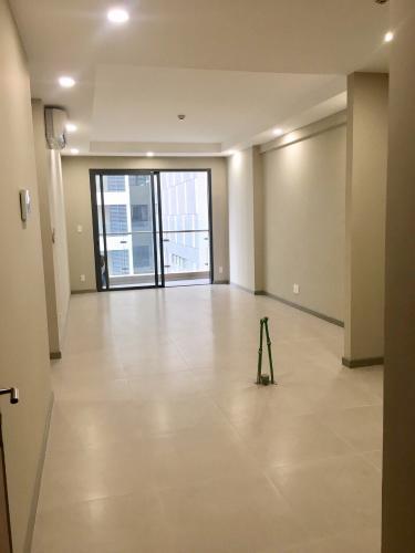 Căn hộ 2 phòng ngủ The Gold View, diện tích 81.69m2, thiết kế tinh tế và sang trọng.