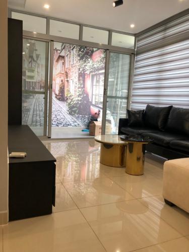 Phòng khách Star Hill Phú Mỹ Hưng, Quận 7 Căn hộ Star Hill Phú Mỹ Hưng tầng trung, đầy đủ nội thất.