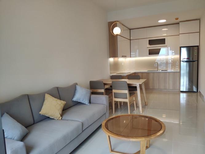 phòng khách căn hộ 2 phòng ngủ the sun avenue Căn hộ The Sun Avenue hướng thành phố, nội thất cơ bản.