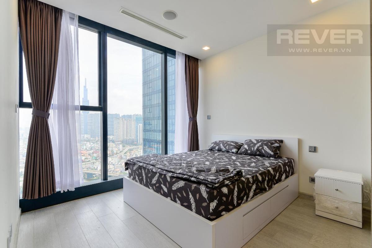 6 Cho thuê căn hộ Vinhomes Golden River 2PN, tầng trung, đầy đủ nội thất, view sông và Landmark 81