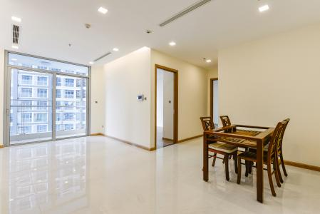Căn hộ Vinhomes Central Park 2 phòng ngủ tầng thấp P3 view hồ bơi