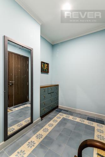 Hành Lang Căn hộ Icon 56 tầng thấp, 2 phòng ngủ, full nội thất