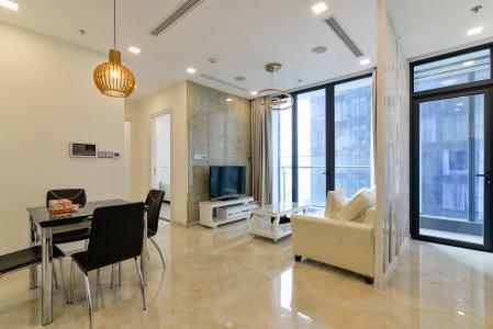Căn hộ Vinhomes Golden River tầng trung, tháp The Aqua 3, 2PN, nội thất đầy đủ